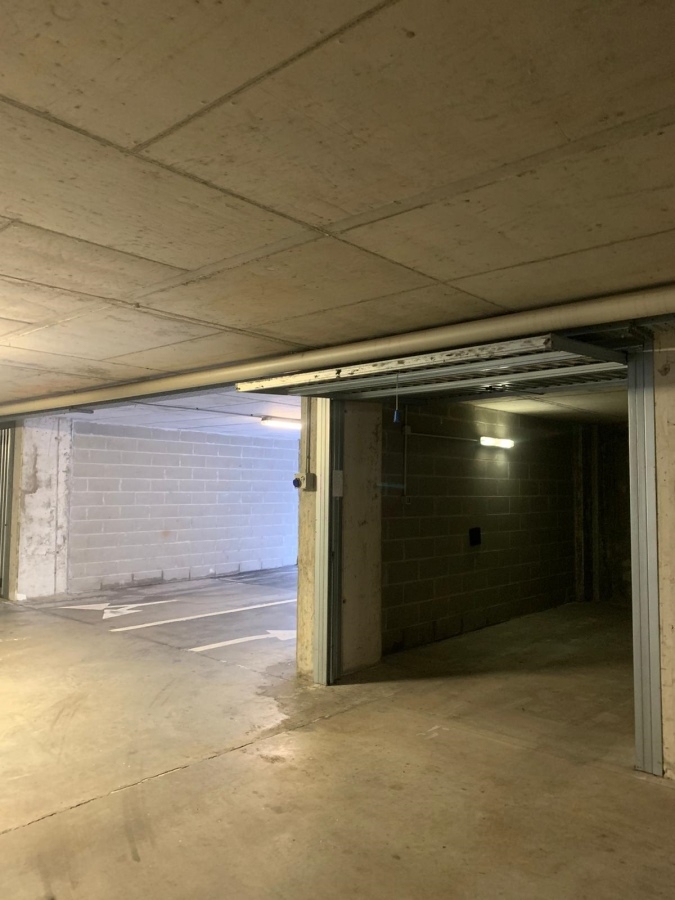 Box / Garage in vendita a Milano, 9999 locali, prezzo € 28.000   CambioCasa.it